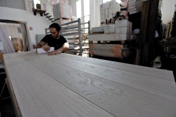 PRODUZIONE DI TRATTAMENTI - IL LABORATORIO DI ART E PARQUET
